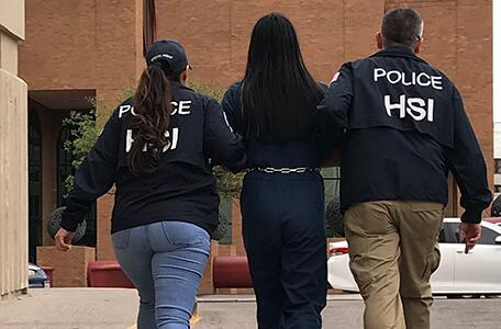 Agentes especiales de ICE El Paso arrestan a hombre local por cargos de material de abuso sexual infantil