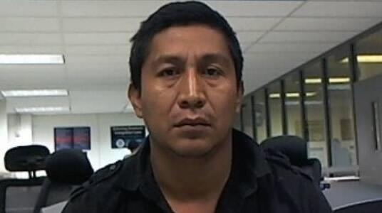 ICE remueve a nacional salvadoreño peligroso buscado por secuestro, robo y asociación ilegal