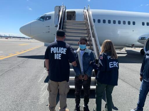 ICE removes fugitive wanted for homicide in Dominican Republic