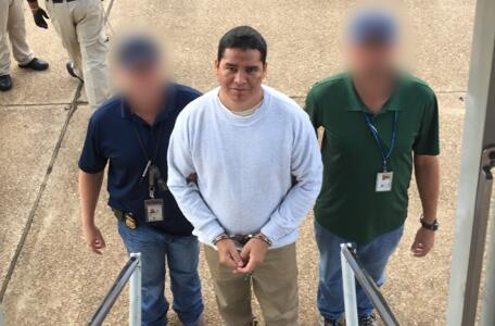 ICE removes MS-13 gang leader, felon wanted in El Salvador