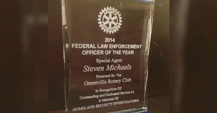 ICE Special Agent Named Federal Officer of the Year by Local Rotary Club