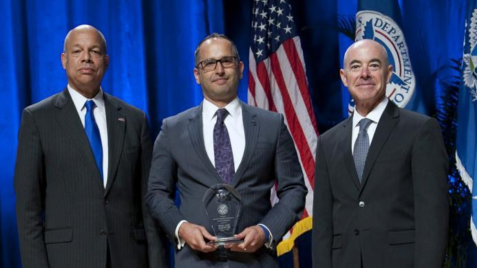 Secretary of Homeland Security Jeh Johnson and Deputy Secretary of Homeland Security Alejandro Mayorkas presented the Secretary's Award for Diversity Management to Steve K. Francis, U.S. Immigration and Customs Enforcement during the Secretary's Award Ceremony held Oct. 26, 2016.