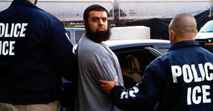 ICE Chicago officers deport Pakistani national convicted of south Florida terror bomb plot in 2002