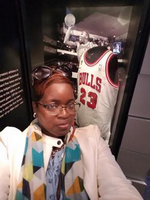 Lisa Lipscomb with Michael Jordan's Chicago Bulls Jersey.jpg