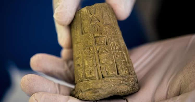 ICE returns thousands of ancient artifacts seized from Hobby Lobby to Iraq
