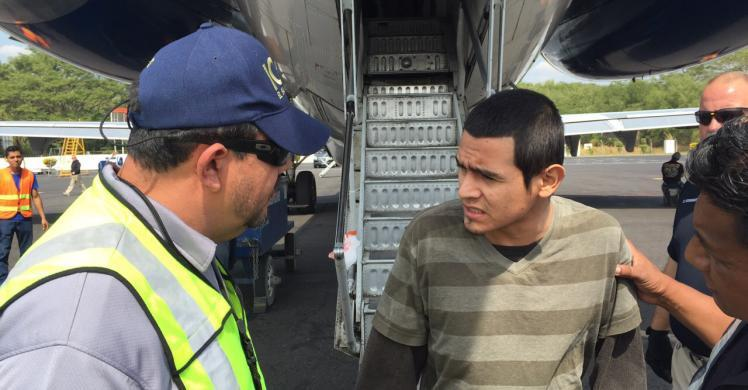 ICE removes admitted MS-13 gang member wanted for murder in El Salvador