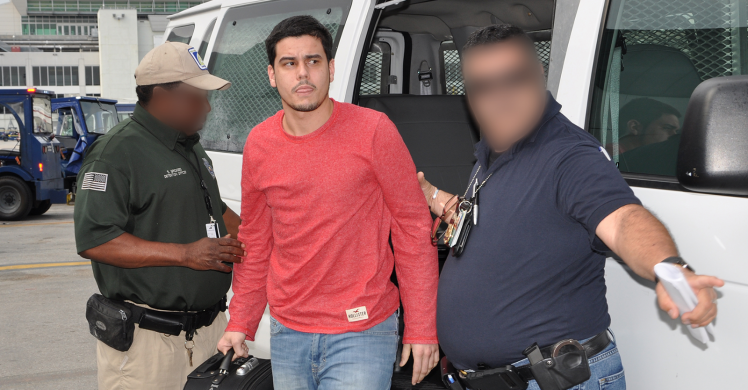 ICE removes Brazilian wanted for attempted murder