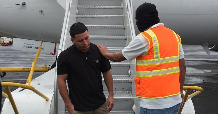 ICE Houston officers deport Salvadoran gang member wanted for 2 homicides