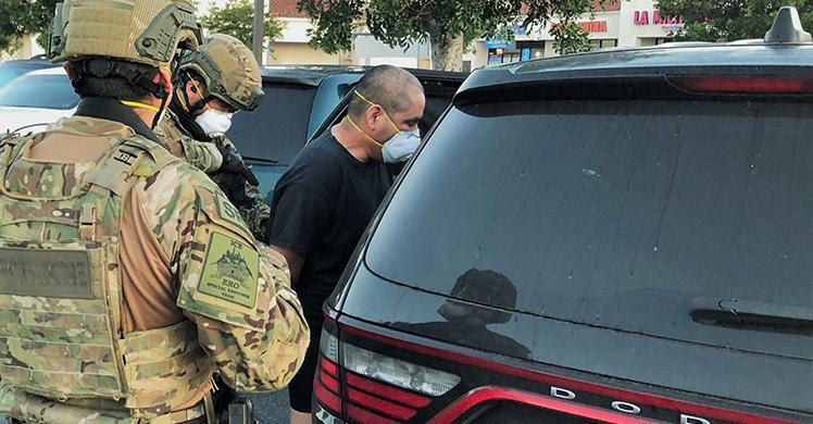 """Prófugo entre """"los más buscados"""" por ICE capturado en California"""