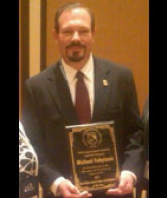 Tampa ICE special agent named state's gang investigator of the year