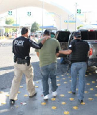 Attempted murder suspect captured by ICE, turned over to Mexican authorities