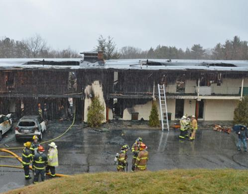 The aftermath of the January 10, 2016 Publick House Motel fire (from the front of the building) in Sturbridge, Massachusetts.